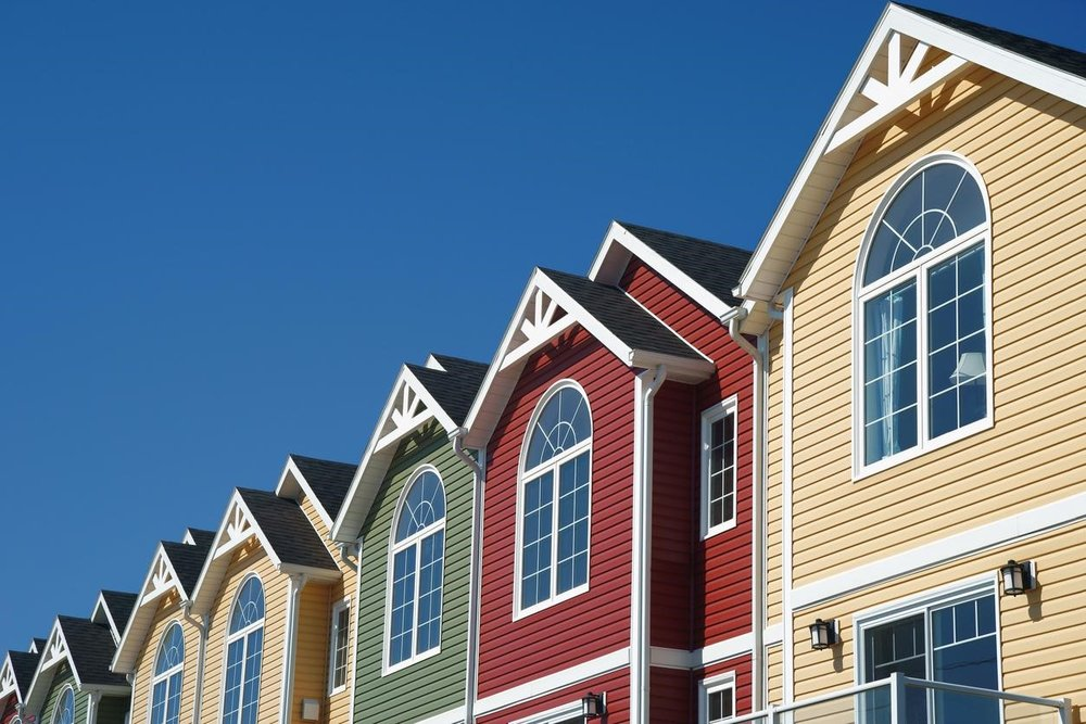 Single-Family Home, Condo, or Townhouse? Which is the Best Choice for You?
