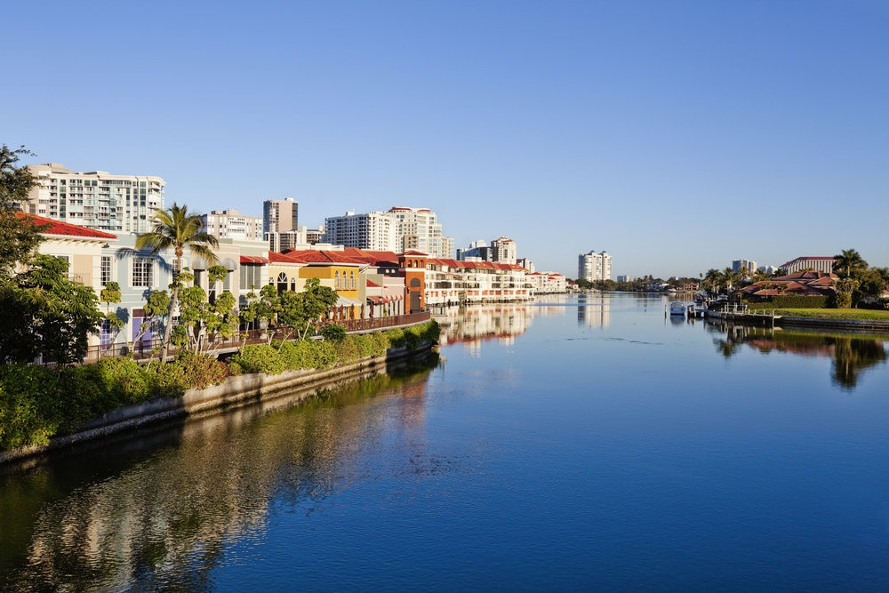 What You Need to Know About Buying an Investment Property in Naples