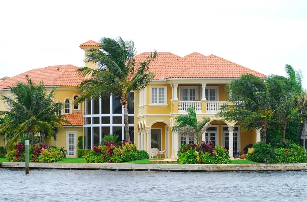How Much Does Being on the Water Increase a Home's Value?